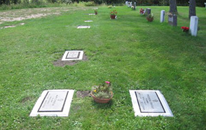 multiple-grave-marker-borders
